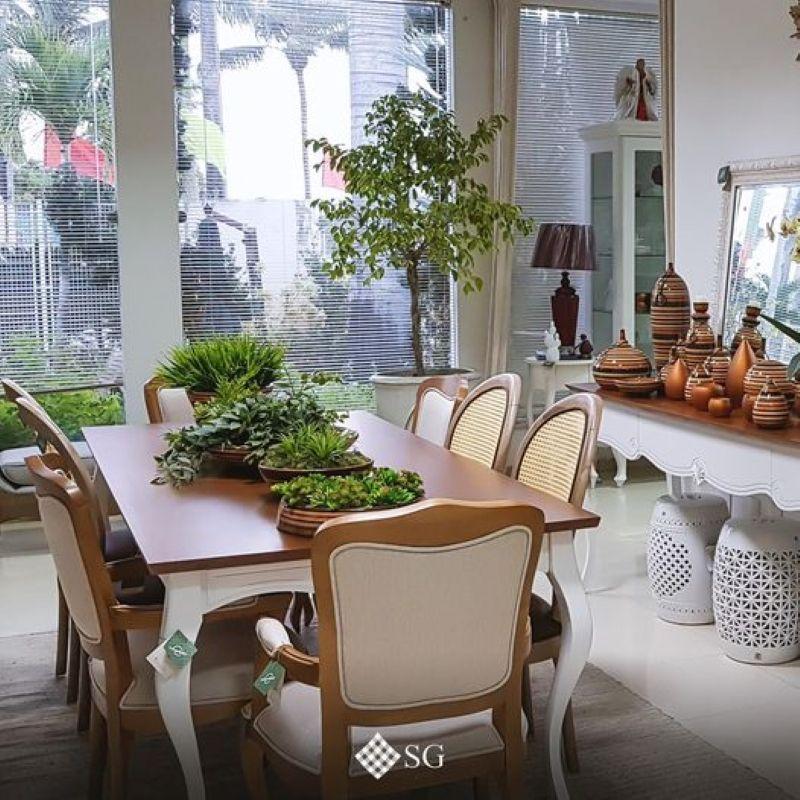 Arrase usando centros de mesa com plantas