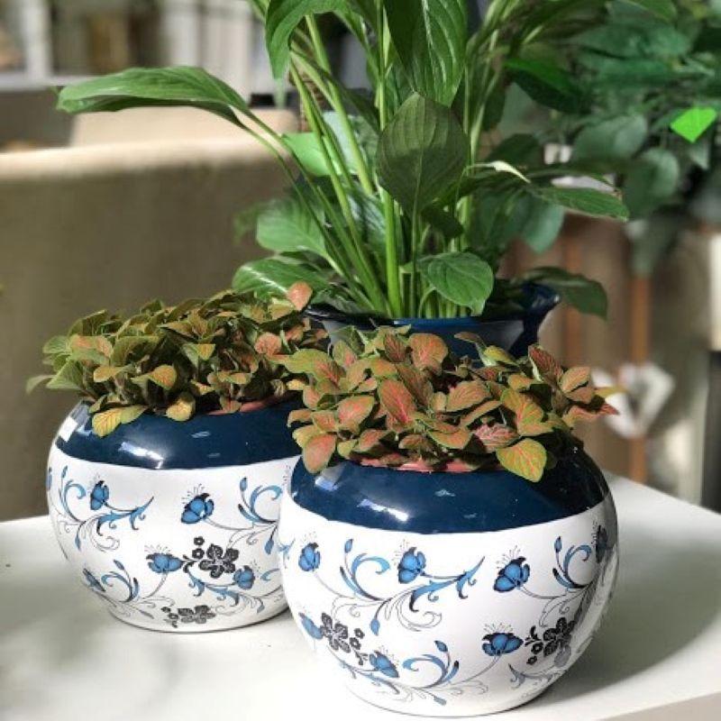 Ouse com vasos estampados na decoração da sua casa